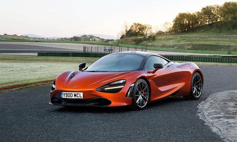 Суперкар McLaren 720S